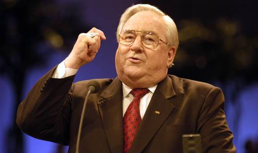 tv evevangelists 2015-4-3 schuller built his ministry from humble beginnings into a multimillion-dollar empire with a vast tv audience until financial troubles led the church to declare bankruptcy in 2010 schuller was ousted from the crystal cathedral's board in 2011,.